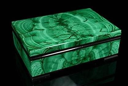Шкатулка для украшений из малахита, 12*8*4 от 15 900 руб